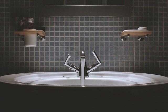 ¿Cómo reformar un baño pequeño y sacarle el mayor provecho?